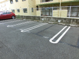 10 駐車場